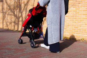 赤ちゃん 冬 散歩