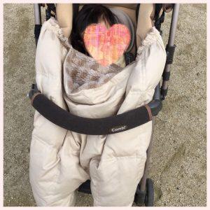 赤ちゃん 冬 お散歩 服装